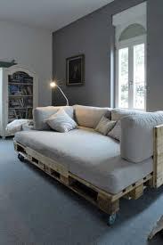 canapé avec palette fabriquer des meubles avec palettes collection avec lit palette bois