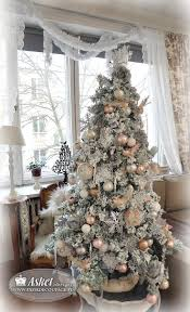 Shabby Chic Christmas Tree by 159 Best Christmas Trees Victorian Images On Pinterest Xmas
