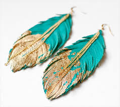 how to make feather earrings with 25 diy feather jewelry design diy to make