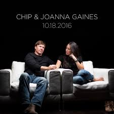 fixer upper u0027 stars chip and joanna gaines launch wallpaper line as
