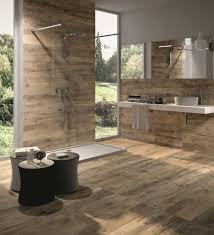 luxus badezimmer fliesen badezimmer begehbare duschkabine luxus keramikfliesen holzoptik