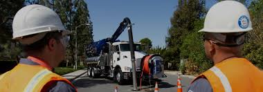 vacuum trucks for sale with other cleaning equipment for cheap prices