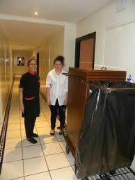 chariot femme de chambre femme de chambre hotel chambre