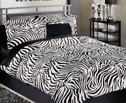 Zebra Bed Set Zebra Print Bed Sheets And Pillow Covers Things Pinterest