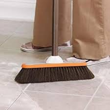 the best brooms for hardwood floors 2017