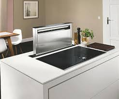 hotte de cuisine design cuisine avec îlot central modèle sensations bedrooms