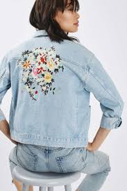 Light Denim Jacket Best 25 Light Denim Ideas On Pinterest Light Denim Shirt Light
