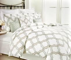 amazon com max studio duvet quilt cover 3 piece set geometric