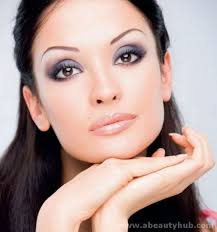 c608e9e9a1138992409828701c4155a0 makeup tips for brown eyes brown hair and pale skinmakeup for fair skin brown hair and