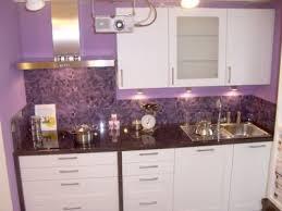 küche lila arbeitsplatte in violett lila küche einrichten ef