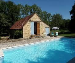 chambre d hote dans le lot avec piscine vacances a de le vigan lot gîtes chambres d hôte location