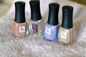 how to find your wedding nail color with barielle nails livinglesh