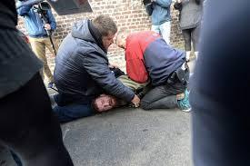 au bureau henin beaumont arrestation musclée à hénin beaumont jacob khrist dénonce une