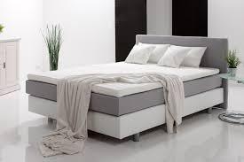 Schlafzimmer Gestalten Boxspringbett Schlafzimmer Bestehend Aus Boxspringbett Und Schwebetürenschrank