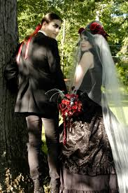 bram stoker inspired vampiress bridal bouquet and count dracula