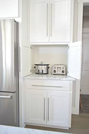 White Kitchen Countertop Ideas by Best 10 Appliance Garage Ideas On Pinterest Appliance Cabinet