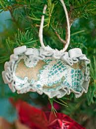 how to make no sew cookie cutter christmas ornaments hgtv