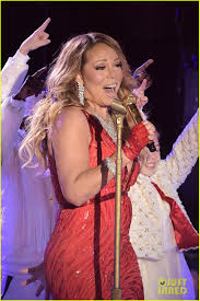 Christmas Tree Lighting Rockefeller 2014 by Mariah Carey Sings U0027all I Want For Christmas Is You U0027 Live At