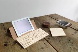 Cool Office Desk Accessories by 9 Cool Desk Accessories For Men Hey Gents