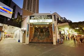 Rock Garden Tavern The Garden Rocks Review Of Surfers Paradise Tavern