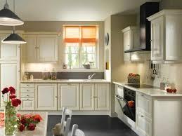 couleur murs cuisine couleur mur cuisine avec meuble blanc 2017 et peinture mur cuisine