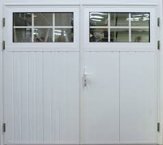 Single Car Garage by Elegant Traditional Garage Design With Single Bay Garage U2013 Irpmi