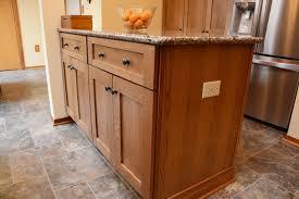 quarter sawn oak shaker kitchen cabinets quarter sawn white oak mesquite shaker medium kitchen