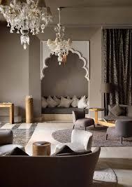 canapé orientale moderne décoration salon marocain moderne apporter le climat à l