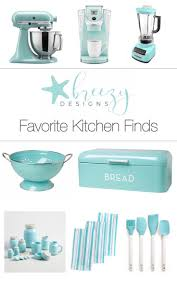Teal Kitchen Decor by Best 25 Aqua Kitchen Ideas On Pinterest Teal Kitchen Decor