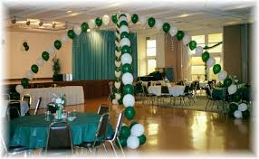 centerpieces for class reunions class reunion decorations how to decorate with balloons school