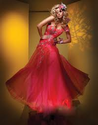 red wedding gown brighten your hawaii wedding share a happy day