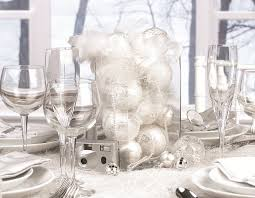 silver and white christmas table decorations 2185