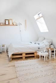 Platform Bed Pallet Dit Zijn De Leukste Bedden Gemaakt Van Pallets Sleeping Beauty
