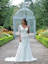 bespoke wedding dresses wedding timescales when to get serious about your dress