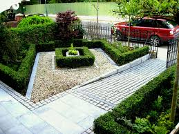 stunning very small front yard simple backyard landscaping ideas