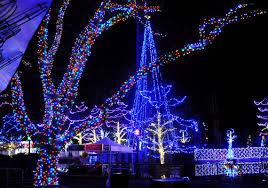 kennywood holiday lights giant eagle holiday to do list pittsburgh post gazette