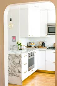 what color cabinet hardware how to choose kitchen cabinet hardware apartment therapy