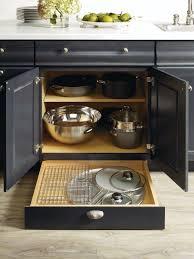 Thomasville Cabinets Price List by Best 25 Thomasville Kitchen Cabinets Ideas Only On Pinterest