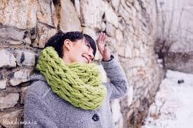 how to make 30 minute infinity scarf knit handimania