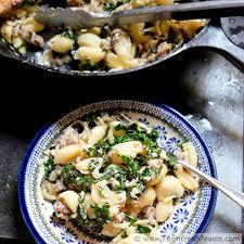 farm fresh feasts kale and sausage burrata pasta with caramelized