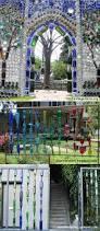 Trellis Wine Best 25 Wine Bottle Fence Ideas On Pinterest Wine Bottle Trees