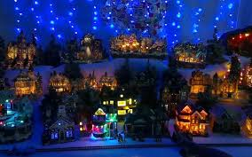 Christmas Decorated Houses Christmas Decorated Houses Christmas Lights Decoration