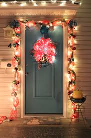 Christmas Garland With Lights by Lola Tangled How To Make Your Own Deco Mesh Door Garland And