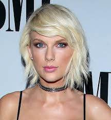 taylor swift lob haircut how these stunning celebrity lobs will make you want to chop your