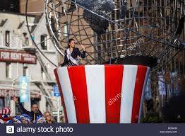 miss usa culpo a float in macy s thanksgiving day