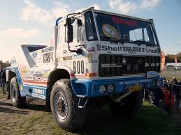 land rover dakar daf twin turbo paris dakar 1987 rally pinterest twin