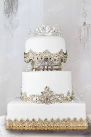 wedding cake royal lace