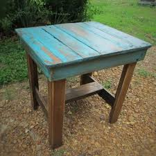 Distressed Wood End Table Best 25 Rustic End Tables Ideas On Pinterest End Tables Rustic