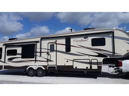 Blue Ridge And Cardinal Fifth Wheels By Forest River For 2016 Forest River Cardinal 3450rl The Villages Fl Rvtrader Com