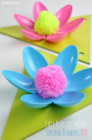 Simple Crafts For Home Decor Easy Spring Flower Plastic Spoon Garland Craft Idea And Tutorial